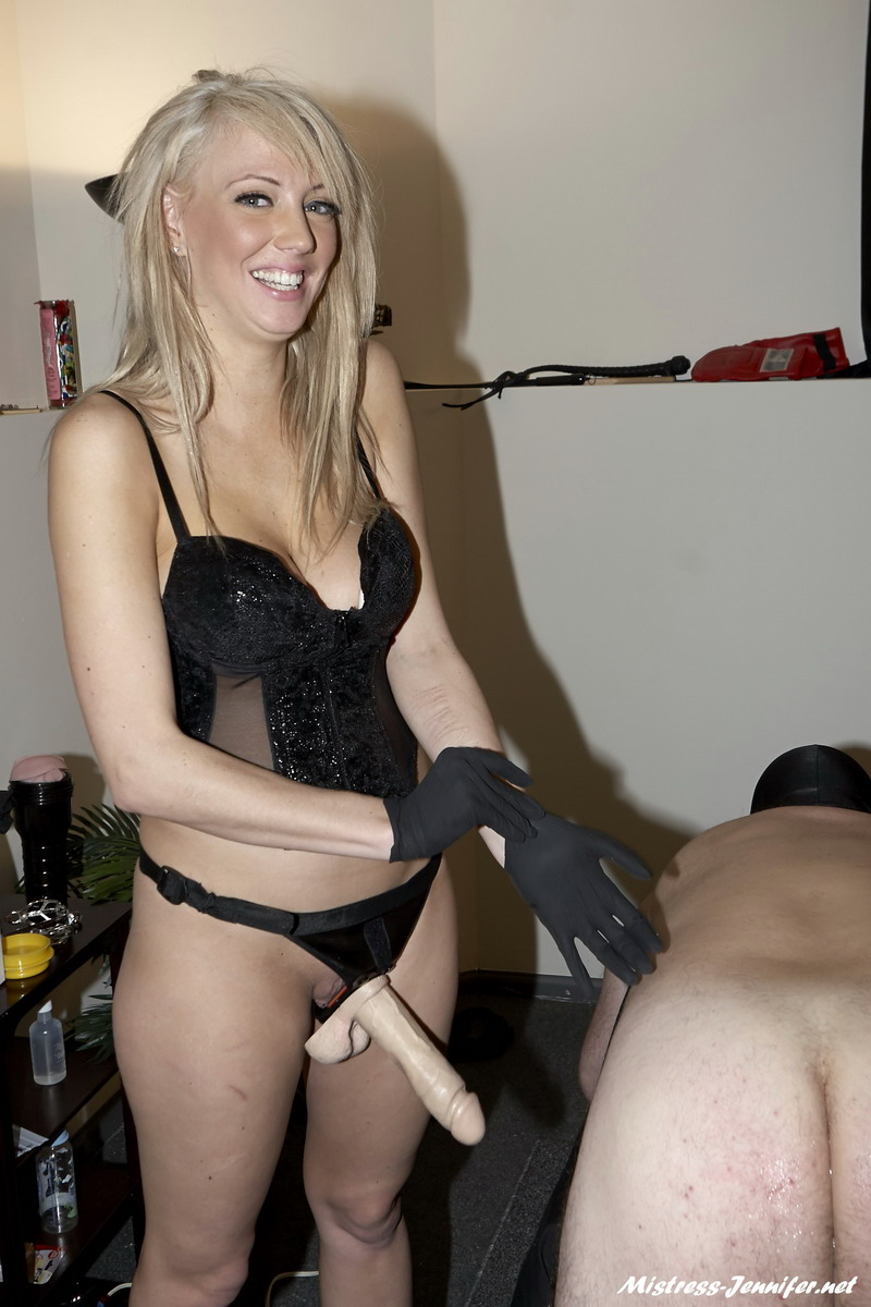 Ambisexual Studs with Mistress Alexis