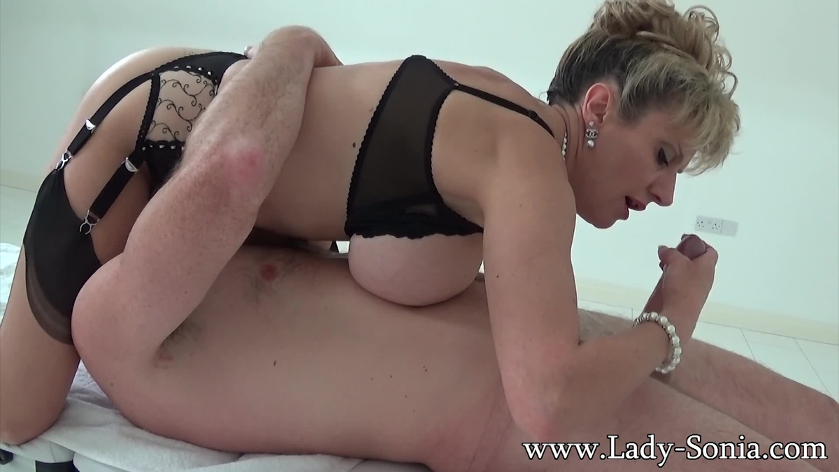 lady sonia 69 climaxes with a stranger orig