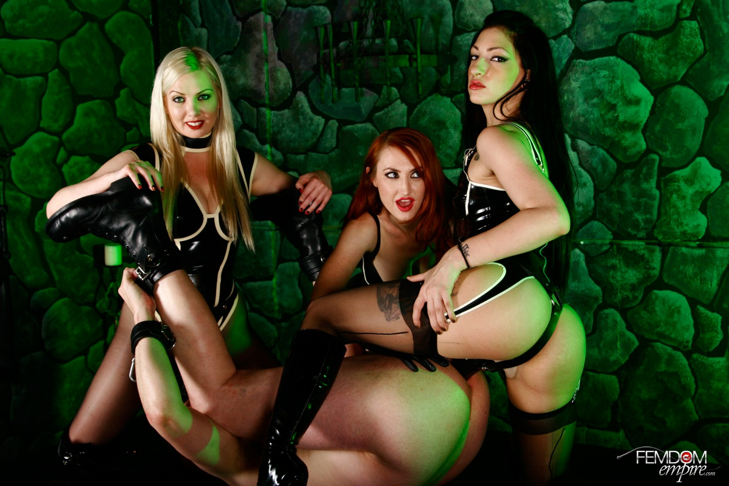 Mistresses Lexi Sindel, Cybill Troy, and Kendra James are the Strapon All Stars!
