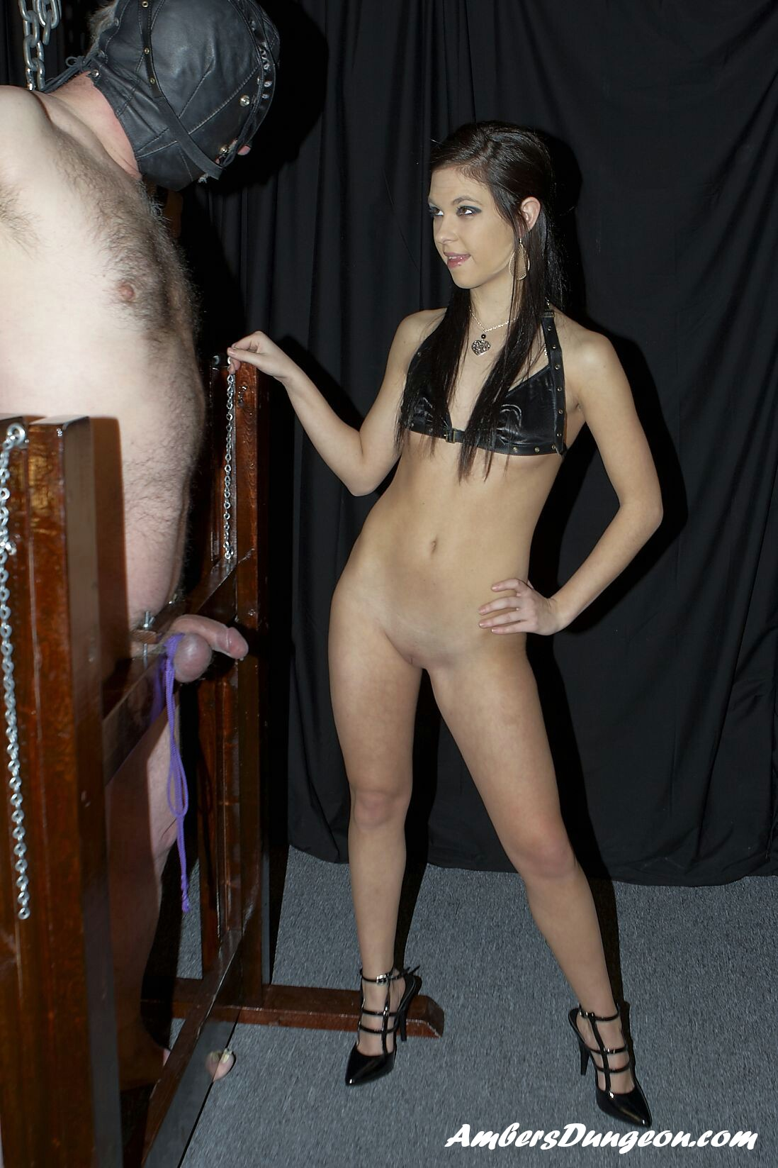 Youthful Mistress Lexi enjoys anguish